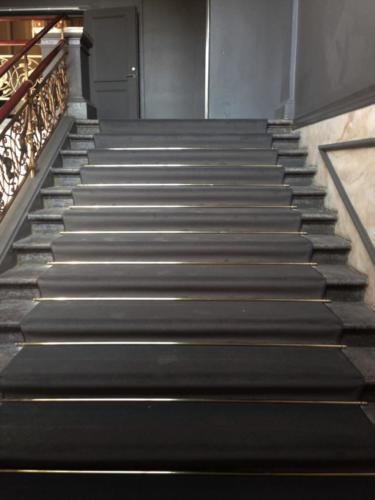 Trappeløber med messingstænger Tivoli slottet (1)